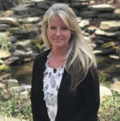 Spotlight on Magnum Contracting's Senior Accountant/HR Manager, Mandy Turner